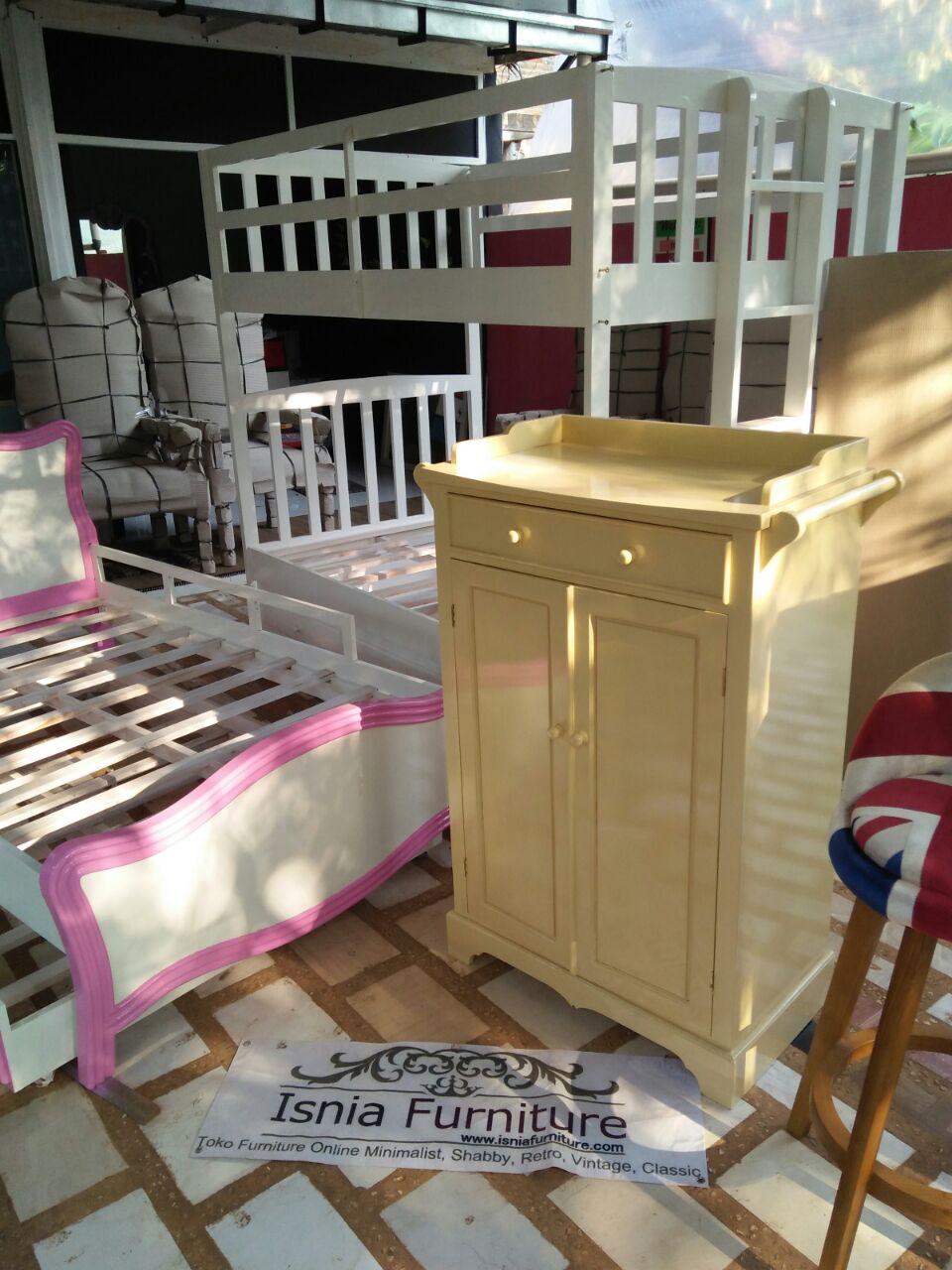 Dresser Baby Modern Kayu Mahoni Modern