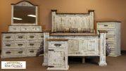 Set Tempat Tidur Rustic Konsep Klasik