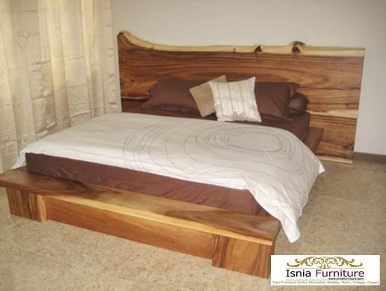 Tempat Tidur Kayu Trembesi Model Minimalis Sederhana