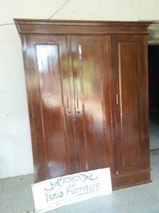 Lemari Pakaian Minimalis 3 Pintu Kayu Jati Kota Medan