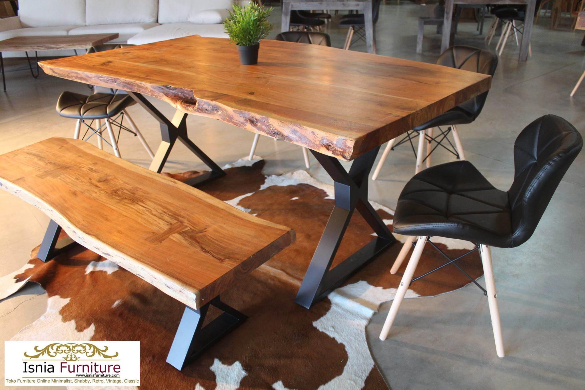 Meja Trembesi Kaki Besi Untuk Makan Sehari Hari Model Minimalis